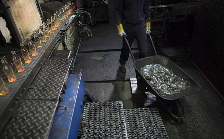 邢台玻璃行业环保空调解决案例